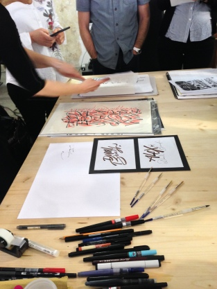 Alex Barocco's workshop on Experimental Brush Pen, Associazione Calligrafica Italiana, Verona, May 21–22, 2016 (photo: Miriam Jones).